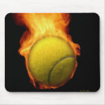 Pelota de tenis en el fuego Mousepad Alfombrillas De Ratones