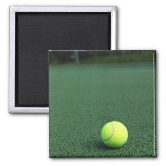 Pelota de tenis imán