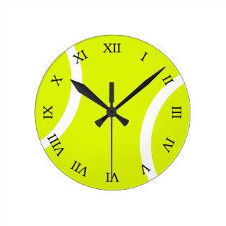 Pelota de tenis reloj redondo mediano