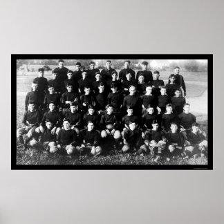 Pelotón 1914 del fútbol de la escuela de Carlisle Poster
