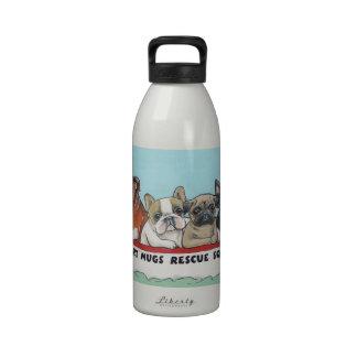 Pelotón corto del rescate de las tazas botellas de agua reutilizables