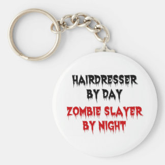 Peluquero del asesino del zombi del día por noche llavero redondo tipo pin