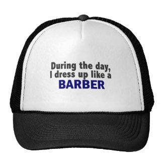 Peluquero durante el día gorras