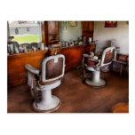 Peluquero - el estilista postales
