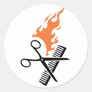 Peluquero en el fuego etiquetas redondas