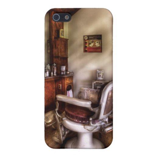 Peluquero - en la peluquería de caballeros iPhone 5 carcasas