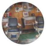Peluquero - Frenchtown, NJ - dos sillas de peluque Plato Para Fiesta