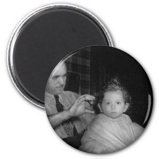 Peluquero - primer corte de pelo imán de frigorifico