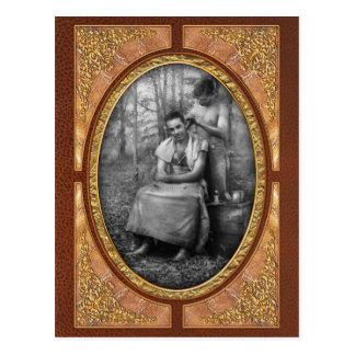 Peluquero - WWII - corte de pelo del SOLDADO Postal