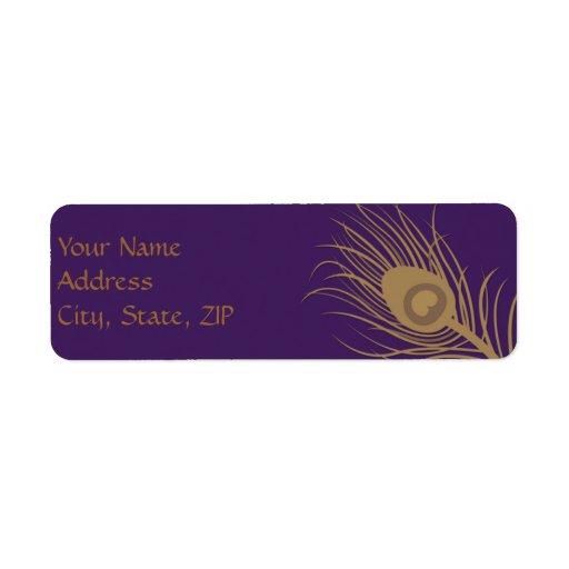 Penacho del pavo real en púrpura del oro y del cir etiqueta de remite