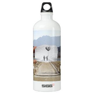 Pencil Vs Camera - Lovers SIGG Traveler 1.0L Water Bottle