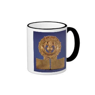 Pendant representing a sun disk, Zaachila Ringer Mug
