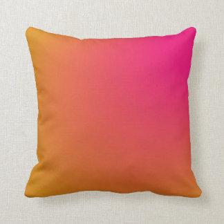 Pendiente rosada y anaranjada cojín