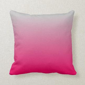 Pendiente rosada y gris cojin