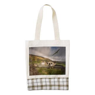 Pendle XH558 Zazzle HEART Tote Bag