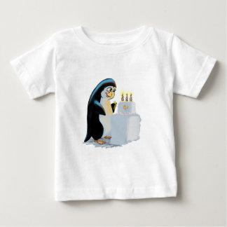 PeNgUiN CaKe Infant T-shirt