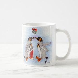 Penguin Kiss mug