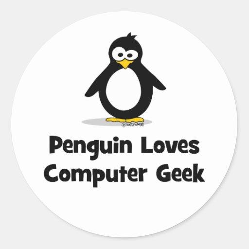 Penguin Loves Computer Geek Classic Round Sticker