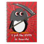 Penguin™ malvado lindo adentro ejecuta cuadernos