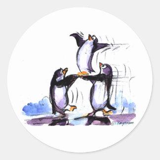 penguin prymid classic round sticker