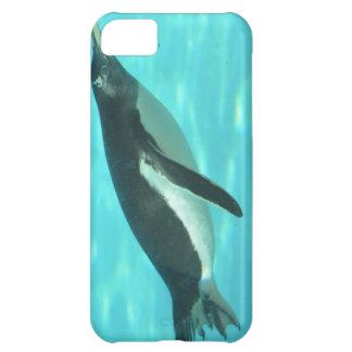 Penguin Swimming Underwater Cover For iPhone 5C