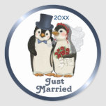 Penguin Wedding Classic Round Sticker