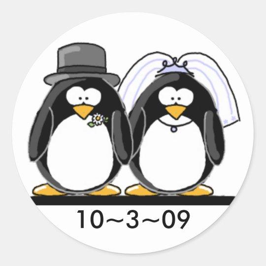 Penguins Wedding Classic Round Sticker