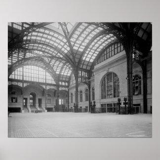 Penn Station Main Concourse, 1915. Vintage Photo Poster