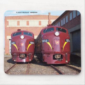 Pennsylvania Railroad E-8a,s (JTFS) 5809 and 5711 Mouse Pad