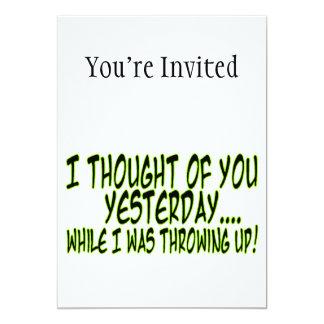 Pensado en usted mientras que lanza para arriba invitaciones personalizada