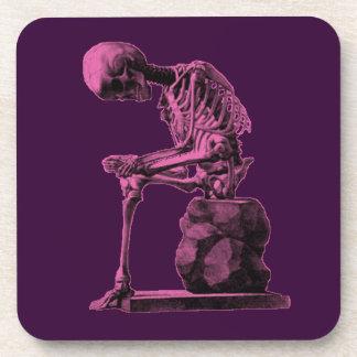 Pensador del esqueleto del vintage posavasos