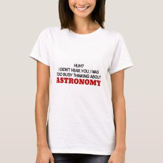 Pensamiento demasiado ocupado en astronomía playera
