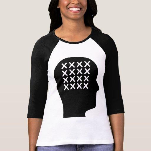Pensamiento en la Cruz-costura Camiseta