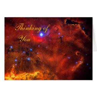 Pensamiento en usted - nebulosa de la emisión en tarjeta de felicitación
