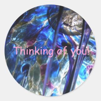 "¡Pensamiento en usted! ""Planeta de cristal "" Pegatina Redonda"