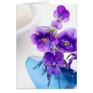 Pensamiento floral de los pensamientos del florero tarjeta de felicitación