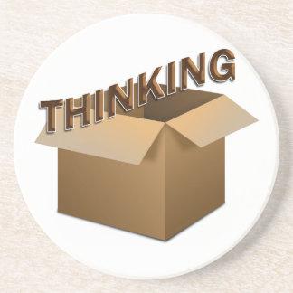 Pensamiento fuera de la caja posavasos de arenisca