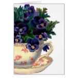 Pensamiento-Tarjetas de la púrpura de la taza de t