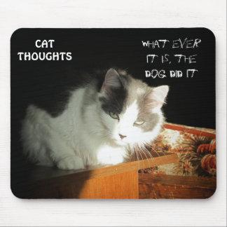 Pensamientos #2 del gato tapete de ratones