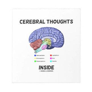 Pensamientos cerebrales dentro del humor anatómico blocs de papel