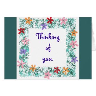 Pensando en usted, tarjeta con la frontera de la f