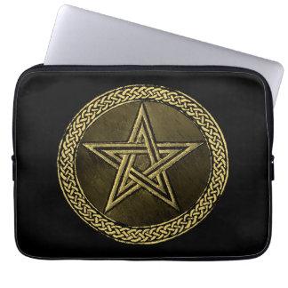 Pentacle Celtic Circle - gold/copilot by version Laptop Sleeve