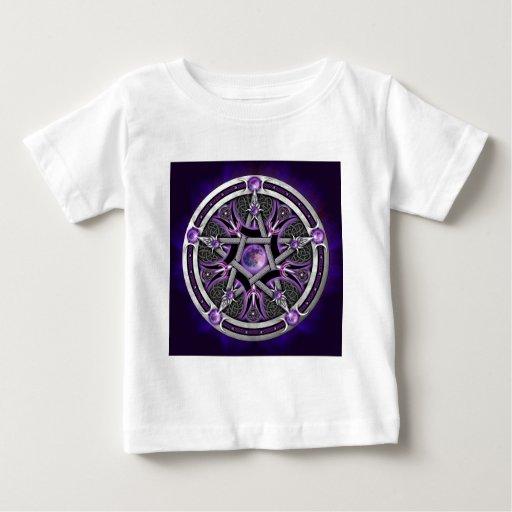 Pentáculo de la luna púrpura remeras
