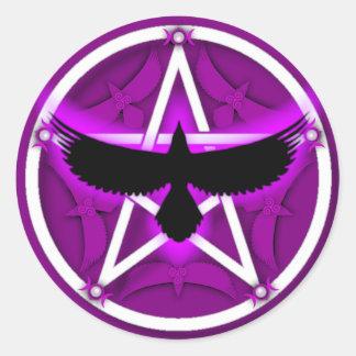 Pentáculo del cuervo - púrpura etiqueta redonda
