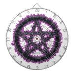 Pentáculo negro y púrpura tablero dardos