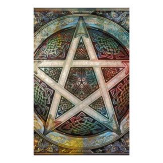 Pentáculo pagano hermoso y colorido papeleria de diseño