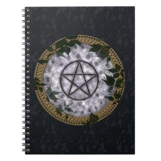 Pentáculo pagano mágico antiguo cuaderno