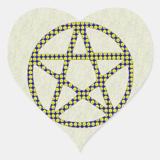 Pentáculo sonriente pegatina en forma de corazón
