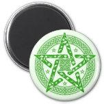 Pentagram céltico del nudo de Wiccan con el Iman