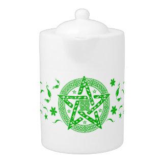 Pentagram céltico del nudo de Wiccan con el